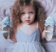 Девушки принцесса сандалии Новый ребенок повседневная обувь дети кожаные ботинки 2016 весенние дышащие Бантом дети кроссовки сандалии