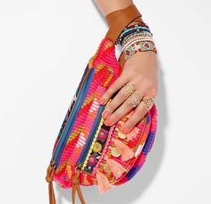 Canguro belleza. Ethnic Chic, Aldo Shoes, Fanny Pack, Belt, How To Make, Instagram, Archive, Fashion, Kangaroos
