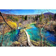 @kate_mcsmith captured this gem of Plitvice Lakes National Park in Croatia.  For more travel adventures go to http://ift.tt/1Ljy94Z.  #croatia #croatian #plitvice #plitvicelakes #lakes #pathway #europe #easterneurope #european #eurotrip #nature #naturephotography #explorenature #travel #traveleurope #wanderlust #gooutside #nationalparks #unesco #unescoworldheritage #waterfalls #forests #forest #travelphotography #beautifulview #exploremore #europetrip #seetheworld #natureporn #naturewalk by…