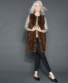 75542b0a27f 14 Best Brown fur vest images