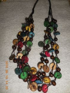 WOOD BEAD NECKLACE BOLD AND COLORFUL FLAT WOOD BEADS AND ROUND BEAD STRANDS
