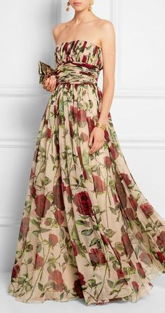 Ruched floral-print silk-chiffon gown styles i ❤ платья макси, платья, вече Beautiful Gowns, Beautiful Outfits, Formal Gowns, Strapless Dress Formal, Red Holiday Dress, Holiday Dresses, Fall Dresses, Long Dresses, Prom Dresses