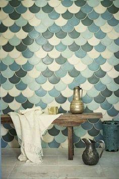 carrelage-mosaique-salle-bains-ecailles-couleurs