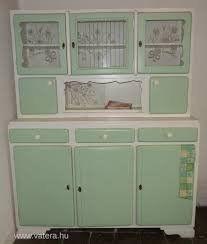 Kitchen Cupboards, Ikea Hack, Shabby Chic Furniture, China Cabinet, Childhood, Shelves, History, Storage, Ideas