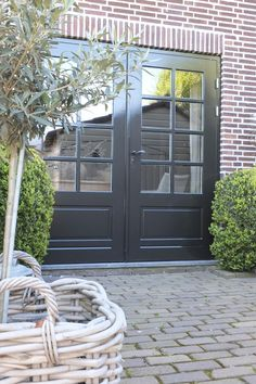 Styling & Living | donkergrijze tuindeuren | www.stylingandlivingshop.nl