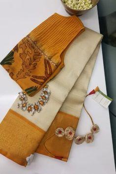 Cotton Saree Blouse Designs, Designer Blouse Patterns, Fancy Blouse Designs, Fancy Dress Design, Stylish Blouse Design, Sarees For Girls, Silk Sarees, Kalamkari Saree, Saree Sale