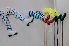 Como Cuando. Colgadores de cerámica. Ceramic clothes hangers. www.comocuando.com
