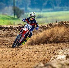 Ktm Dirt Bikes, Cool Dirt Bikes, Dirt Bike Gear, Mx Bikes, Dirt Biking, Motocross Love, Enduro Motocross, Motocross Racing, Bike Ride Quotes
