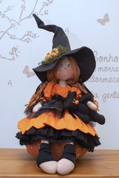 Halloween Deco Mesh, Halloween Doll, Diy Halloween Decorations, Halloween Crafts, Happy Halloween, Cute Toys, Handicraft, Diy And Crafts, Witch