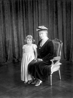 Queen Mary and grand-daughter Princess Elizabeth of York...love this glimpse of Elizabeth so far back!