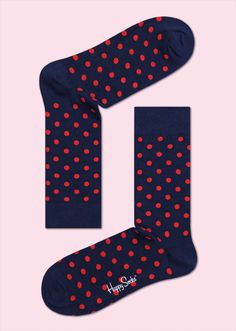 Bright red spots speckle a dark blue landscape in these unisex dot socks. Made from the finest combed cotton available, colourful socks are a timeless addition that can be paired with any outfit. Women and men alike will appreciate the soft, snug feeling polka-dot socks give their feet. Discreet, Timeless, Easy. PATTERN: Dots, COMPOSITION: 80% Combed Cotton, 17% Polyamide, 3% Elastane. www.HappySocks.com
