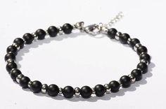 Bracelet de cheville/ Bijoux de cheville/ pierre de Gemmes Agate / Acier inoxydable Ankle Jewelry, Ankle Bracelets, Black Agate, Anklet, Bracelet Making, Gemstone Beads, Matte Black, Gemstones, Chain