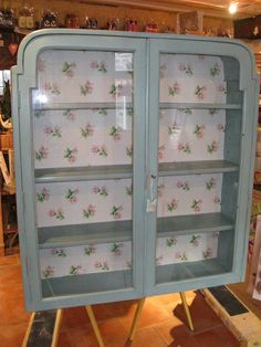 "Ta dah!!! Ready for someone's wall - fab transformation with Provence Chalk Paint tm by Annie Sloan and Cath Kidston polka rosebud wallpaper - love it!""!"
