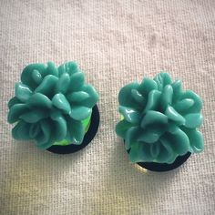 Hey, I found this really awesome Etsy listing at http://www.etsy.com/listing/75540513/turquoise-teal-cluster-flower-716-inch