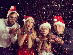 Enjoy your Christmas party with Neptune Yachts Dubai with our wide selection of food options including: Italian cuisine Arabic cuisine Asian cuisine Sandwiches and snacks Christmas Party Pictures, Christmas Party Outfits, Holiday Party Outfit, Christmas Photos, Merry Christmas, Christmas Parties, Large Family Photos, Fall Family Portraits, Photos Booth