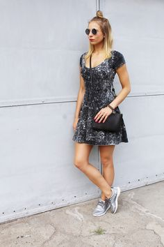 #sandicious #outfit #stylizacja #sukienka #kok #adidasy #jeansowasukienka #fashionblogger #blogerka #moda #blogerkamodowa #look