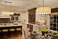 House on The Beach - traditional - kitchen - new york - Kim E Courtney Interiors & Design Inc