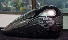 Saudy-arabia-charcoal Custom Paint Motorcycle, Motorcycle Tank, Custom Harleys, Custom Bikes, Motor Harley Davidson Cycles, Custom Tanks, Harley Softail, Cool Tanks, Pinstriping