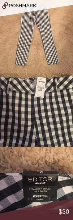 NWT Express Editor  checkered ankle pants Size 2R NWT Express Black and white Editor Ankle pants. Straight through hip and thigh. Front and back pockets . Ship immediately *reasonable offers only * Express Pants Ankle & Cropped