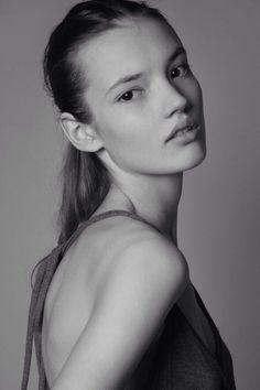 GABRIELE REGESAITE | IMG Models Sydney
