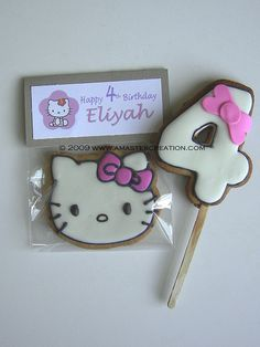Hello Kitty cookies - For all your cake decorating supplies, please visit craftcompany.co.uk