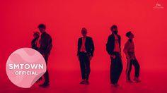 """"""" Os MV's coreanos se destacam por suas coreografias bem elaboradas e sincronizadas (sendo fonte de inspiração para os videoclipes ocidentais), os cenários impecáveis, a edição ágil, e claro, a paleta de cores inspiradora. Desde tons pastel até cores saturadas e vibrantes, os videoclipes coreanos (em sua maioria) possuem uma color grading admirável, suas cores se dialogam e colaboram para a construção das narrativas nos videoclipes."""""""
