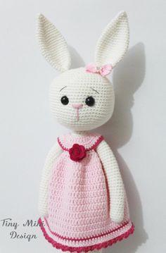Mesmerizing Crochet an Amigurumi Rabbit Ideas. Lovely Crochet an Amigurumi Rabbit Ideas. Mini Amigurumi, Crochet Amigurumi, Amigurumi Doll, Crochet Dolls, Crochet Toys Patterns, Amigurumi Patterns, Stuffed Toys Patterns, Doll Patterns, Knitting Patterns