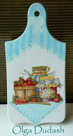 Use die cuts from Crafters Companion. Decoupage Art, Decoupage Vintage, Lace Painting, Painting On Wood, Craft Projects, Projects To Try, Diy Crafts To Sell, Decorative Boxes, Creations