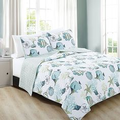 Seaside Starfish and Shells Reversible Quilt Set - Christmas Tree Shops and That! - Home Decor, Furniture & Gifts Store Nautical Bedroom, Coastal Bedrooms, Coastal Bedding, Ocean Bedroom, Rustic Bedrooms, Luxury Bedding, Guest Room Decor, Bedroom Decor, King Quilt Sets