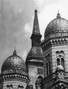 Bratislava Slovakia, Middle Ages, Architecture, Taj Mahal, Sailing, Medieval, Nostalgia, Europe, Landscape