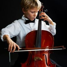 Get the most out of your cello training and practice sessions. Follow these tips for beginners to maximize your effort the right way.