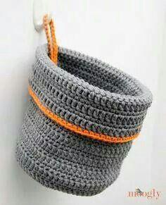 Really nice bucket for toiletries