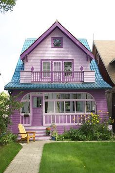 Find images and videos about purple, home and house on We Heart It - the app to get lost in what you love. Pink Houses, Little Houses, Old Houses, Dream Houses, Colorful Houses, Purple Home, Purple Beach, Small Cottages, Cute House