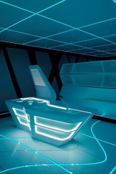 Corian combined with EL tape - very tron. Spaceship Interior, Futuristic Interior, Futuristic Lighting, Interior Architecture, Interior And Exterior, Interior Design, Laser Tag, Tron Legacy, Vegvisir
