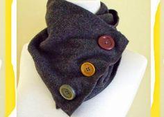 Bufanda de tubo con tela de gamuza y botones - enrHedando