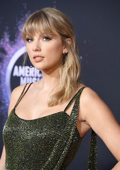 """Taylor Swift was the guest of honor at the American Music Awards on Sunday night. The """"Lover"""" singer, who received the artist of the decade award at American Music Awards, Taylor Swift Hot, Swift 3, Taylor Hill, Kane Brown, Avicii, Blake Shelton, Bradley Cooper, Cardi B"""