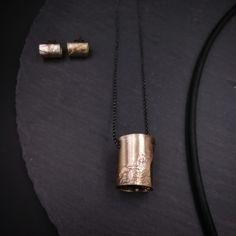Large tube studs and chunky tube pendant on an oxidized silver chain. Perfect combination! . . . . . . . . #michellekraemerjewellery #easytowearhardtoignore #advancedstyle #40plusstyle #styleoverfashion #uniquejwellery #unikatschmuck #schmuck #oneofakind #contemporaryjewellery #boldjewellery #statementjewellery #sculpturaljewelry #arttowear #wearableart #statementpiece #allblackeverything #blackismyhappycolour #allblackerrthing #blackjewellery #blacksilver #earrings #necklace #pendant… Bold Jewelry, Advanced Style, All Black Everything, Oxidized Silver, Contemporary Jewellery, Wearable Art, Black Silver, Studs, Arrow Necklace