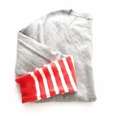 GAP Gray Striped Cuff V-Neck Sweater Size small. Excellent condition with no rips or stains. Some very minimal normal wear. Sequins on the striped part of the sleeves. First picture filtered. No trades or PayPal. Don't ask! •0223160475• GAP Sweaters V-Necks