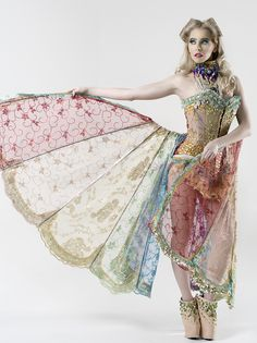 Rebeca Saray winged skirt with pastel colours and gold embellishment pretty burlesque costume Burlesque Costumes, Dance Costumes, Burlesque Clothing, Burlesque Party, Fairy Costumes, Costume Original, Pin Up, Monster Party, Corsets