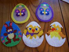Easter eggs hama beads by livresetmerveilles Melty Bead Patterns, Pearler Bead Patterns, Perler Patterns, Beading Patterns, Perler Bead Emoji, Diy Perler Beads, Perler Bead Art, Hama Perler, Hama Beads Design