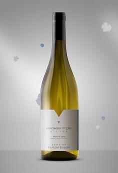 Le Domaine Feuillat-Juillot nous confie la création des étiquettes de sa nouvelle gamme de vins. Voici la cuvée Victor.