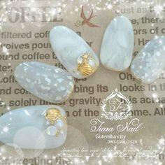 天然貝殻ならではのきらめき♡涼しげに大人可愛いをまとうならシェルネイル | by.S