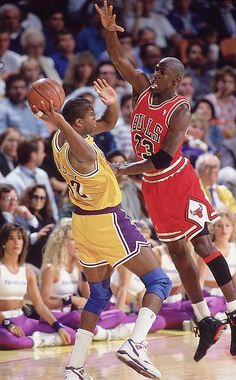 Michael Jordan pressures Magic Johnson in Game 3 of the 1991 NBA Finals.  Jordan s defense was a source of great frustration for the Lakers as he  tallied 14 ... 52990d39f