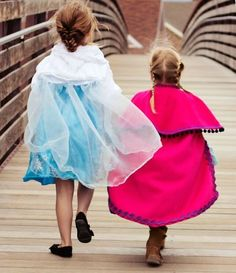 Learn how to make a cape that looks just like the capes that are featured in the hit movie with this brilliant tutorial. Your little girl is going to love this easy Frozen costume.