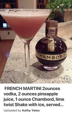 FRENCH MARTINI vodka, 2 ounces pineapple juice, 1 ounce Chambord, lime twist Shake with ice, served in frozen martini glass. Twist of lime over top. Folks are saying in the comments to use 1 oz of Vodka instead of 2 oz. Liquor Drinks, Non Alcoholic Drinks, Cocktail Drinks, Chambord Cocktails, Martinis, Martini Party, Beverages, Lemonade Cocktail, Vodka Martini
