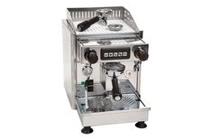 automatic espresso machine this rugged, eye-catching stainless steel espresso machine will add distinguished style to every kitchen. The five-position touch pad allows four Home Espresso Machine, Espresso Machine Reviews, Automatic Espresso Machine, Espresso Maker, Coffee Maker, Best Espresso, Espresso Coffee, Best Coffee, Coffee Varieties