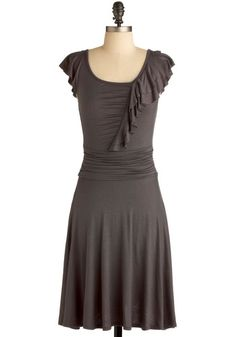 date night dress. Would be cute with eggplant textured tights and gray shoes. Love.