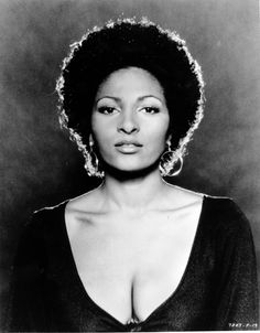 "Pam Grier sent shockwaves through the country in her role as the bold and beautiful Foxy Brown. With sentiments like, ""It's always fun to put on bell bottoms and have your butt hanging out,"" Grier redefined sexy. Foxy Brown Pam Grier, Pam Grier 70s, Most Beautiful Black Women, Beautiful Ladies, Beautiful People, Amazing People, Hair Icon, Vintage Black Glamour, Vintage Beauty"