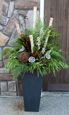 24 Stunning Christmas pots and planters to DIY for almost free! How to create colorful winter planters as beautiful Christmas outdoor decorations with evergreens berries pinecones branches & creative elements! - A Piece of Rainbow Outdoor Christmas Planters, Christmas Urns, Outdoor Christmas Decorations, Winter Christmas, Holiday Decor, Outdoor Planters, Thanksgiving Holiday, Porch Planter, Christmas Garden