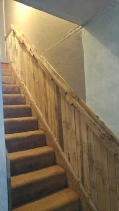 37 Amazing Stairs Design Picture you Must See Best Carpet For Stairs, Stairway Carpet, Pallet Stairs, Concrete Stairs, Black Stair Railing, Stair Banister, Deck Railings, Outside Stairs, Types Of Stairs